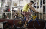 Image of the Day: Prisoners Produce Power with Bicycles